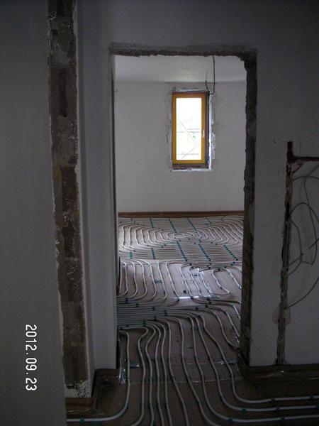 http://architektur.ar2com.de/files/gimgs/35_120923ar2combecegdurchblick-ost-west.jpg